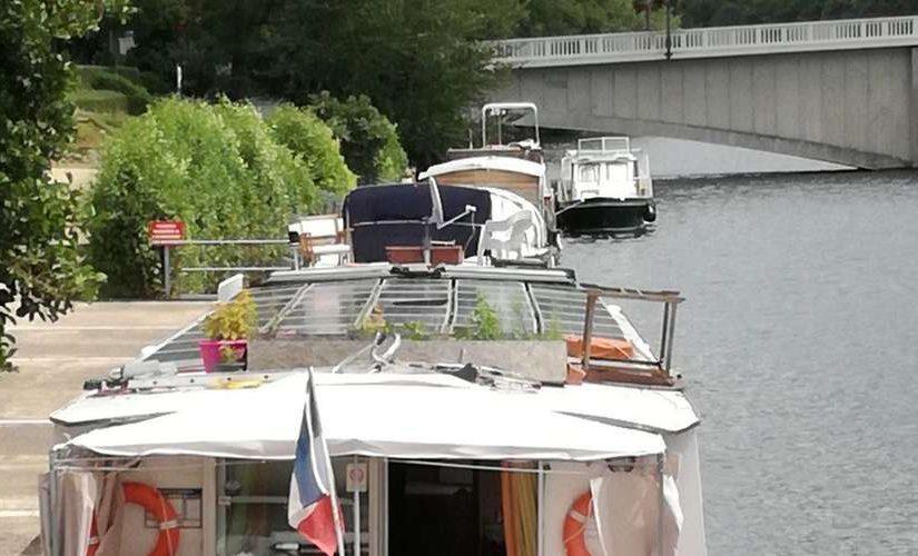 Où peut-on amarrer son bateau sur la Garonne?