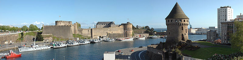 Où peut-on jeter l'ancre à proximité de Brest ?