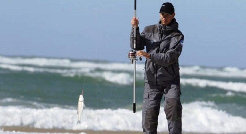 Pêcher en pleine mer : quels sont les équipements indispensables ?
